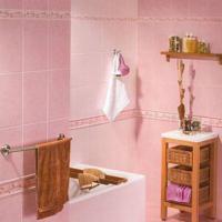Roze tegels in de badkamer voor op de vloer of muur.